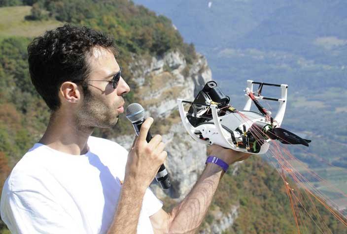 drone paramoteur à voile